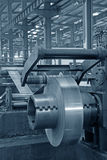 Striscia e strumentazione meccanica in una fabbrica Fotografia Stock Libera da Diritti