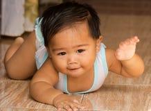 Strisciare del bambino Fotografia Stock Libera da Diritti