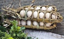 Stro Verpakte Eieren Royalty-vrije Stock Afbeelding