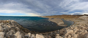 Strobel di Lago con la confluenza di Rio Barrancoso fotografie stock libere da diritti