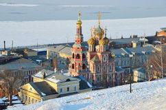 Stroganovskayakerk in Nizhny Novgorod in de winter, Rusland Royalty-vrije Stock Fotografie