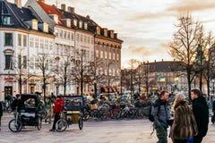 Stroget es un peatón, área libre del coche en Copenhague, Dinamarca imagen de archivo libre de regalías