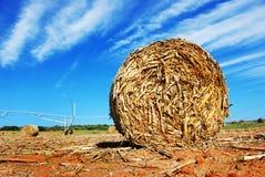 Strohballen auf einem Bauernhof Lizenzfreies Stockbild