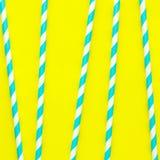 Strohe für Geburtstag oder Sommerfest im Muster, modischer klarer Hintergrund Lizenzfreie Stockfotografie