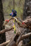 Strohpuppe auf einem Baum Lizenzfreies Stockfoto