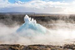 Strokkur Geysir冰岛 库存照片