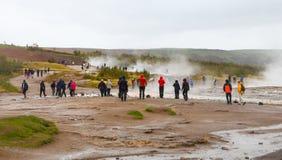 Strokkur geysir在冰岛 免版税库存图片