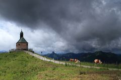 Strom de tonnerre dans les Alpes Photos stock