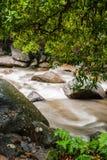 Strom des Chamang Falles lizenzfreies stockfoto
