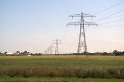 Strom-Masten lizenzfreie stockbilder