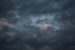 Strom molnhimmel Arkivbilder