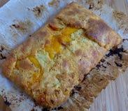 Stromboli hecho en casa del jamón y del queso Imagen de archivo