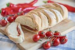Stromboli - Italiaans pizzabrood stock afbeelding