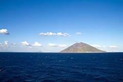Stromboli Vulkaninsel nahe Sizilien Lizenzfreies Stockfoto