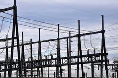 Stromleitung an der Nebenstelle stockfoto