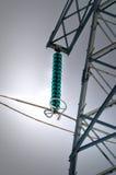 Stromleitung mit Transformator Lizenzfreies Stockfoto