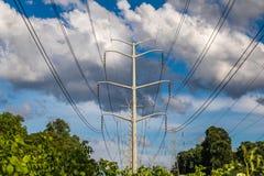 Stromleitungen horizontal Stockfoto