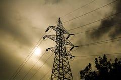Stromleitungen Kontrollturm Lizenzfreies Stockfoto