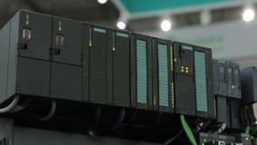 Stromnetznetz-Kommunikationsnabe stock video footage