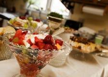 strona miskę owoców Fotografia Stock