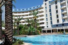Strona Turcja, Kwiecień, - 16, 2014: Luksusowi 5 kurort w stronie gwiazdowy hotelowy Krystaliczny Admiral jest popularny turystyc Obrazy Stock