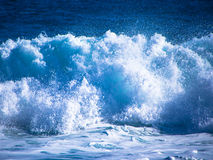 Strong foaming waves Royalty Free Stock Photography