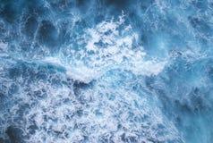 Strong waves at Uluwatu Royalty Free Stock Photography