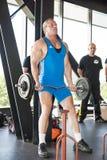 Strongmanlyftande vikt på mästerskapet Arkivfoto