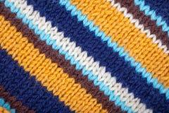 Stropped a tricoté le fond Lignes inclinées Images stock