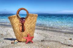 Strozak, zeester en shell door de kust in hdr stock fotografie