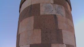 Structure circulaire faite de pierres 3 banque de vidéos