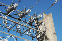 Structure de haute tension de centrale de transformateur électrique Image stock