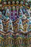 Structure de toit colorée à Bangkok Images libres de droits