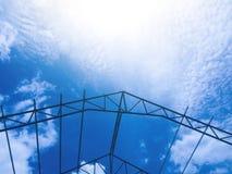 structure du cadre en acier de toit images stock