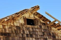 Structure en bois superficielle par les agents dans le désert Image stock