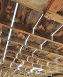 Structure en bois superficielle par les agents dans le désert Photographie stock libre de droits
