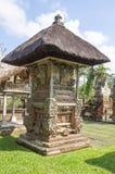 Structuren in de tempelwerf Taman Ayun Stock Foto's