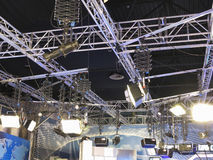 structuren van tv het materiaal en de projectoren van de studioverlichting royalty vrije stock