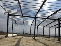 Structures métalliques du bâtiment industriel Photographie stock libre de droits