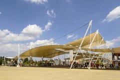 Structuur van het Decumano de trekmembraan, EXPO 2015 Milaan Royalty-vrije Stock Foto