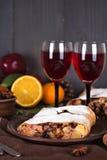 Strudel και κρασί Στοκ εικόνες με δικαίωμα ελεύθερης χρήσης