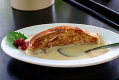 strudel σάλτσας μήλων βανίλια στοκ φωτογραφίες με δικαίωμα ελεύθερης χρήσης