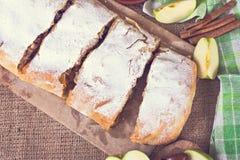 Strudel της Apple ή πίτα μήλων Στοκ εικόνες με δικαίωμα ελεύθερης χρήσης
