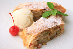 Free Strudel Royalty Free Stock Photos - 24136658
