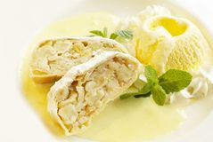 Strudel with ice-cream Royalty Free Stock Photography