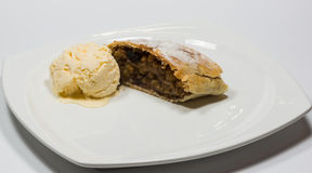Strudel with ice-cream Stock Photography