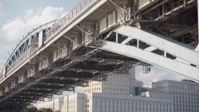 Struktur der Brücke ist Nahaufnahme stock video