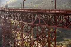 Strukturelle Details Golden gate bridges stockbilder
