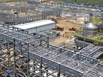 Strukturellt stål, rørkuggar och kabelkuggar arkivfoton
