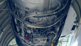 Strukturen av motorn stock video
